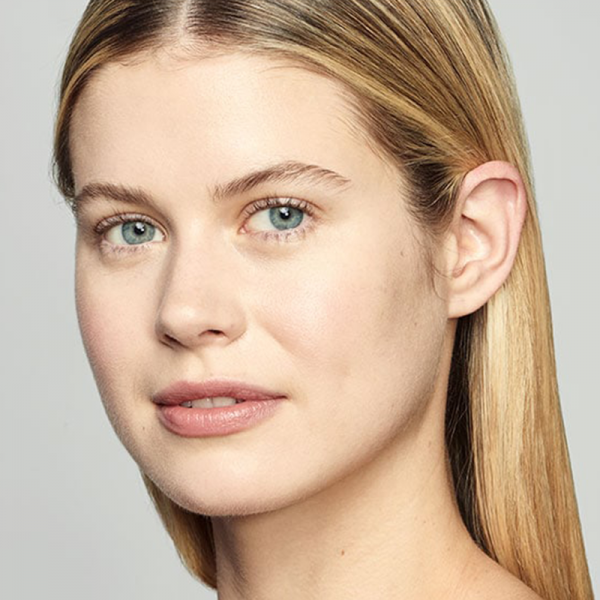 Estée Lauder Light Soft Matte Hydra Makeup 1N2 ECR